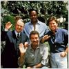 Magnum : photo John Hillerman, Larry Manetti, Roger E. Mosley, Tom Selleck