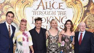 Alice : Johnny Depp, Mia Wasikowska et Anne Hathaway passent de l