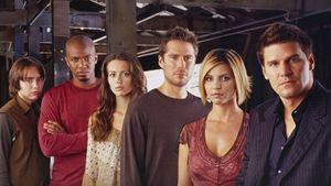 Angel sur Disney+ : que pensait la presse américaine du spin-off de Buffy à son lancement ?