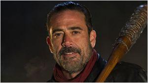 The Walking Dead : Negan s'affiche menaçant pour la saison 7