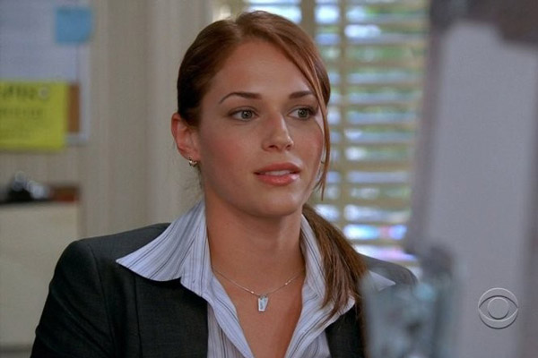 Amanda righetti north shore - 2 part 7