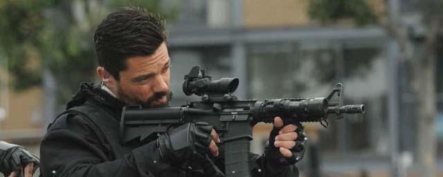 Bande-annonce Stratton : Dominic Cooper déjoue une attaque terroriste pour le réalisateur d'Expendables 2
