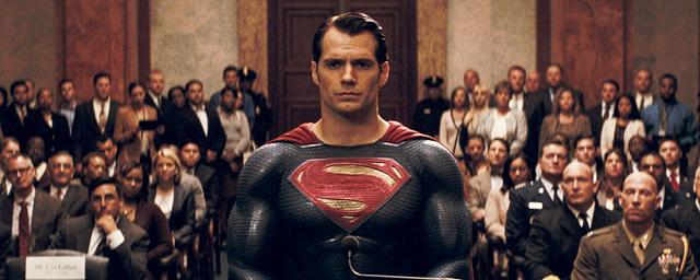 """Justice League : """"difficile de faire le film sans Superman"""" confie Zack Snyder"""
