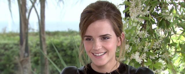 Emma Watson a caché des exemplaires de Handmaid's Tale dans Paris