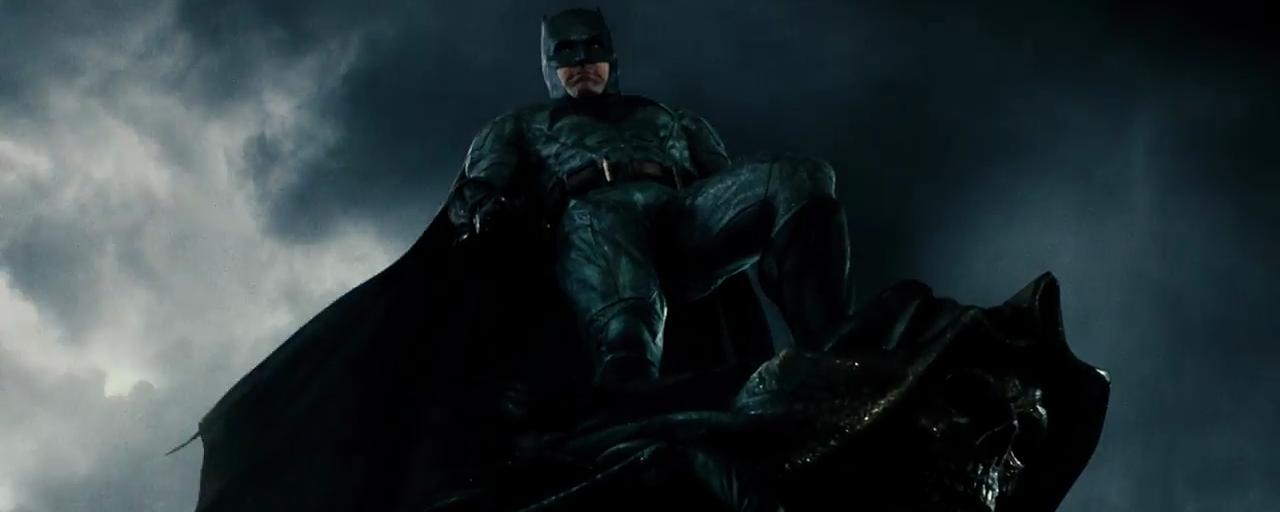 Batman : Ben Affleck confirme qu'il n'abandonne pas le rôle au Comic-Con 2017