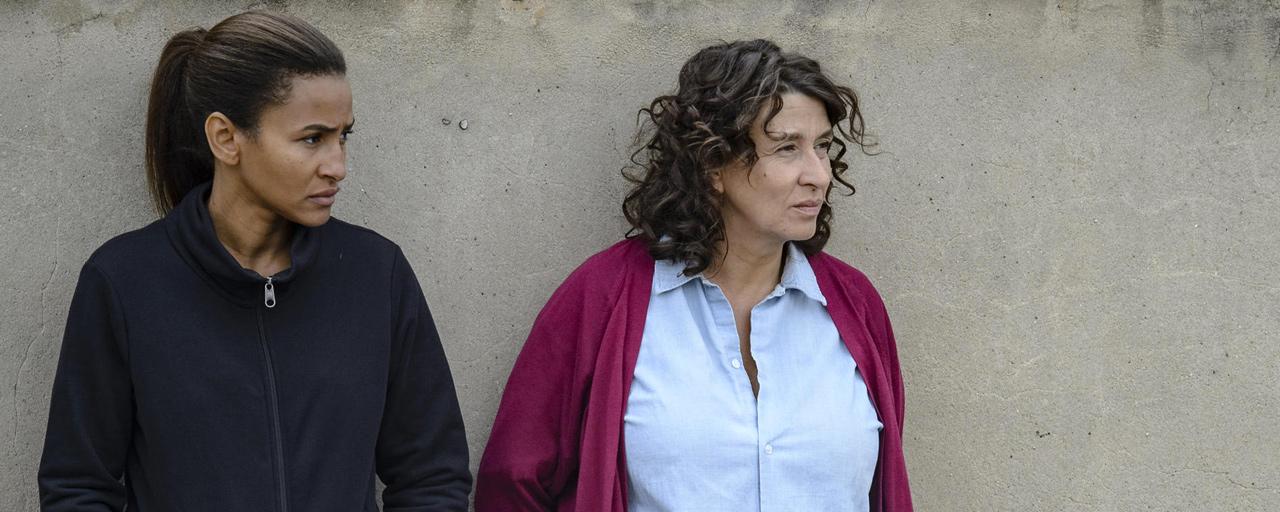 Les Impatientes : que vaut la mini-série carcérale de France 2 avec Noémie Lvovsky ?