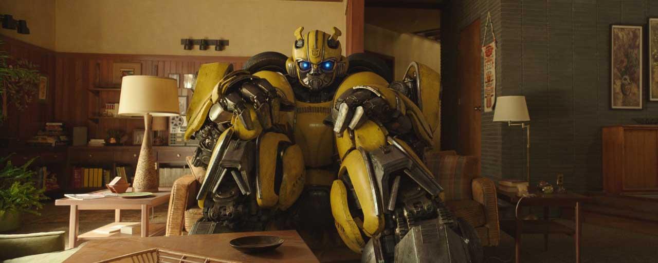 """Bumblebee : """"Nous avons fait de lui un être humain avec une âme"""" selon Travis Knight"""