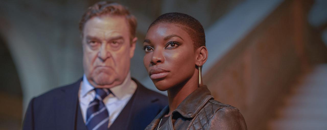 Bande-annonce Black Earth Rising : Michaela Coel et John Goodman enquêtent sur le génocide rwandais