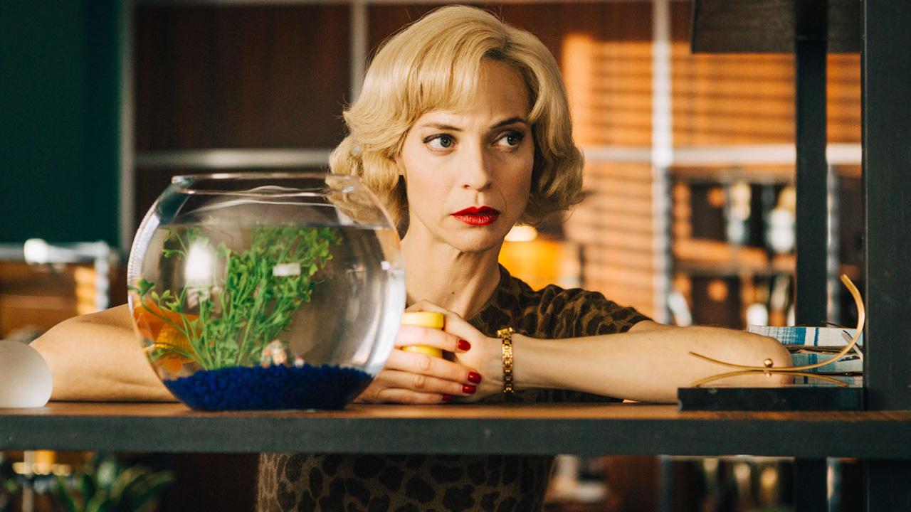 Les Petits meurtres d'Agatha Christie : l'épisode musical, l'avenir de la série, son rôle de jury à La Rochelle... Elodie Frenck se confie