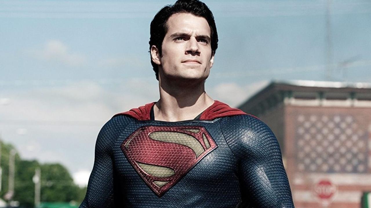 Superman : Henry Cavill reste dans l'univers DC pour d'autres films !