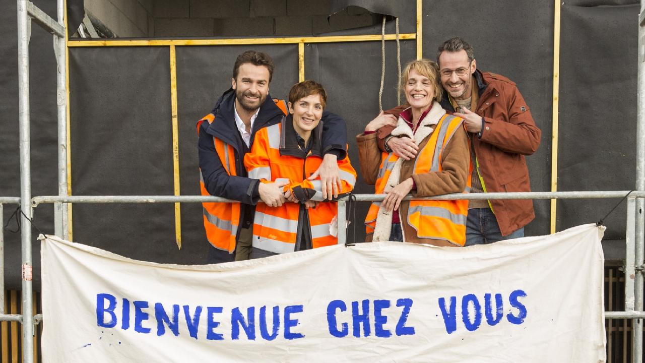 Les Copains d'abord : premières images de la nouvelle comédie familiale de M6 [EXCLU]