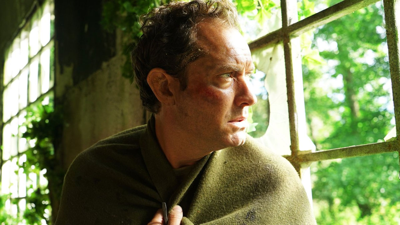 The Third Day avec Jude Law (OCS) : une date et une bande-annonce pour la mystérieuse série HBO