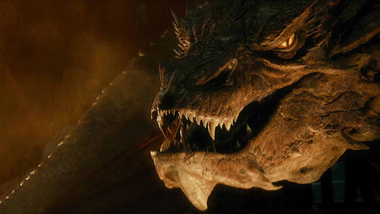 Le Hobbit 2 sur France 2 : cordes vocales ensanglantées, études des dragons de Komodo... comment a été créé Smaug ?