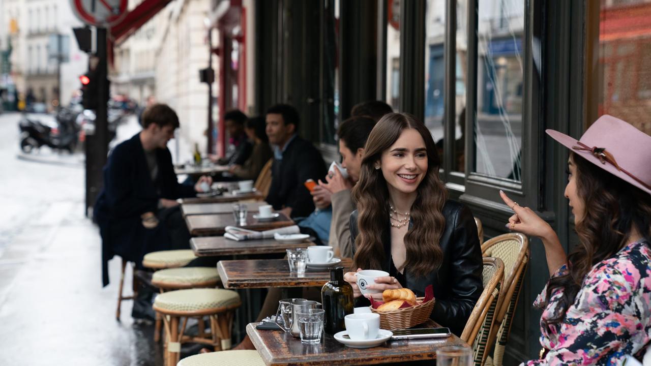 Emily in Paris sur Netflix : le tournage de la saison 2 énerve de nombreux Parisiens