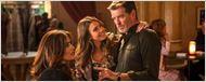 Extrait Teach Me Love : Pierce Brosnan, Jessica Alba et Salma Hayek se prennent au jeu de la séduction !