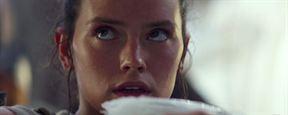 """Star Wars : J.J. Abrams explique le flash-back de Rey dans """"Le Réveil de la Force"""""""