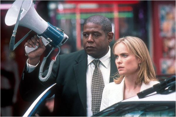 Phone Game : photo Forest Whitaker, Radha Mitchell