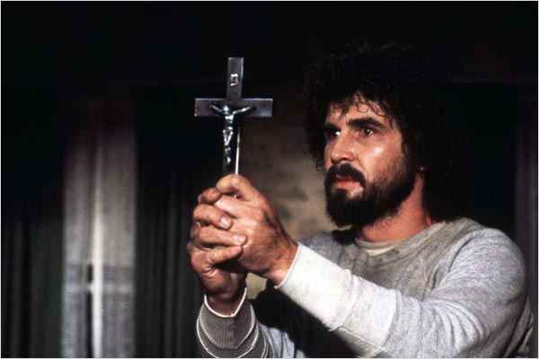 Photo de james brolin dans le film amityville la maison for Amityville la maison du diable streaming vf