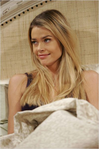 Mon oncle Charlie : Photo Denise Richards