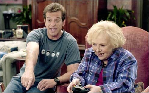 Crazy Party : Photo Allen Covert, Doris Roberts, Nicholaus Goossen