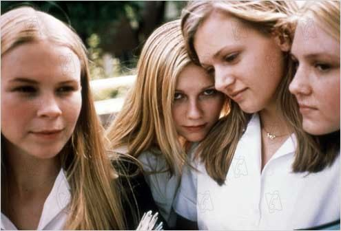 Virgin suicides : Photo A. J. Cook, Chelse Swain, Kirsten Dunst, Leslie Hayman, Sofia Coppola