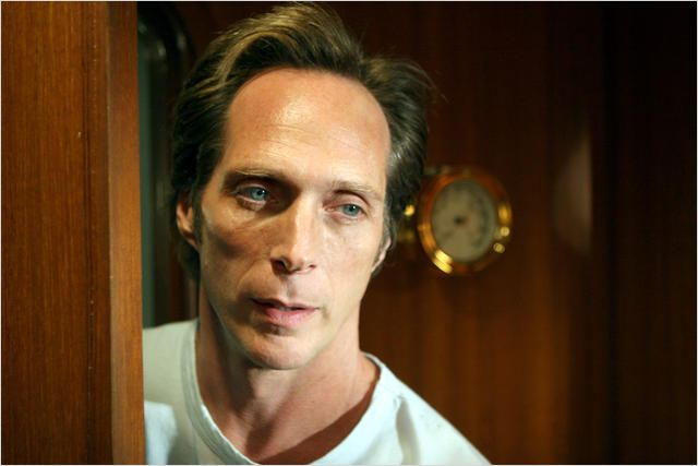 Invasion : Photo William Fichtner
