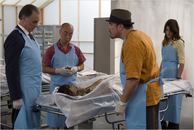 Dexter : Photo C.S. Lee, David Zayas, Jennifer Carpenter, Keith Carradine