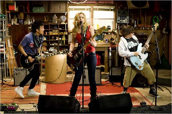 College Rock Stars : photo Alyson Michalka, Charlie Saxton, Tim Jo, Todd Graff