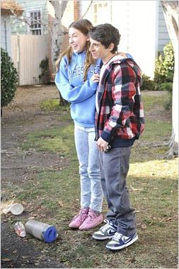 Photo Charlie McDermott, Eden Sher