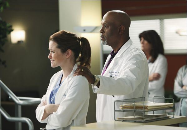 Grey's Anatomy : Photo James Pickens Jr., Sarah Drew