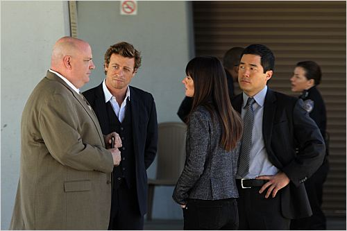 Photo Pruitt Taylor Vince, Robin Tunney, Simon Baker, Tim Kang