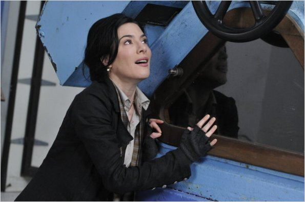 Warehouse 13 : photo Jaime Murray