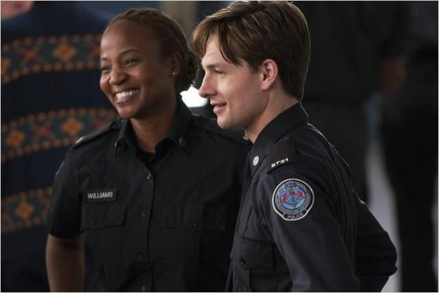 Rookie Blue : photo Gregory Smith, Melanie Nicholls-King