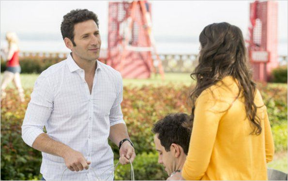 Royal Pains : photo Katie Lowes, Mark Feuerstein, Santino Fontana