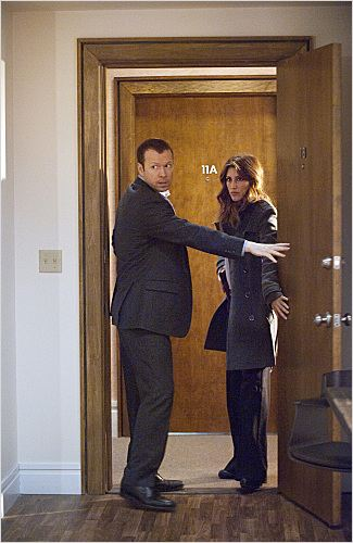 Blue Bloods : photo Donnie Wahlberg, Jennifer Esposito