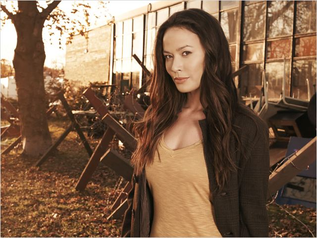Falling Skies : Photo Moon Bloodgood