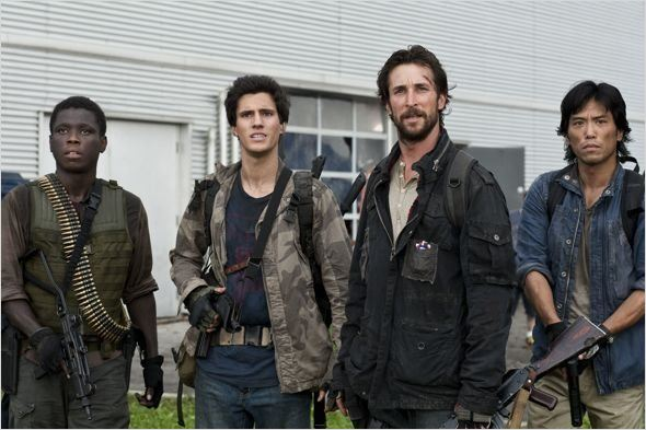 Falling Skies : photo Drew Roy, Mpho Koaho, Noah Wyle, Peter Shinkoda