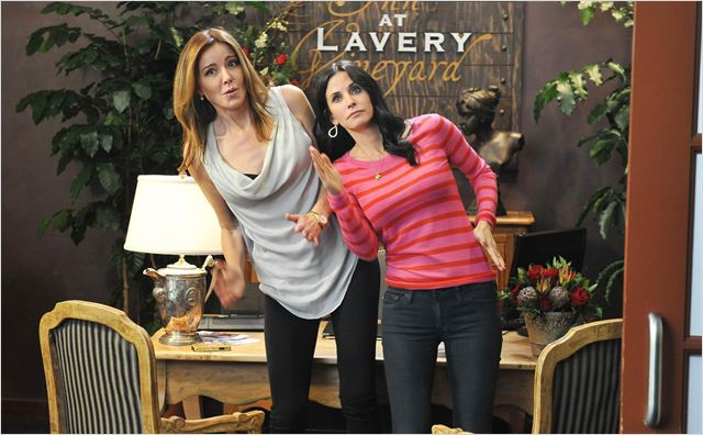 Cougar Town : photo Christa Miller-Lawrence, Courteney Cox