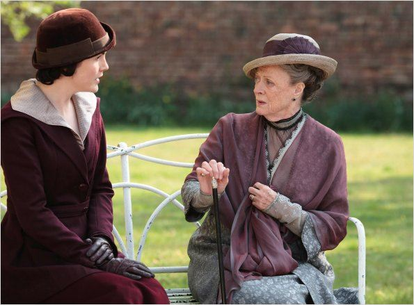 Downton Abbey : photo Maggie Smith, Michelle Dockery