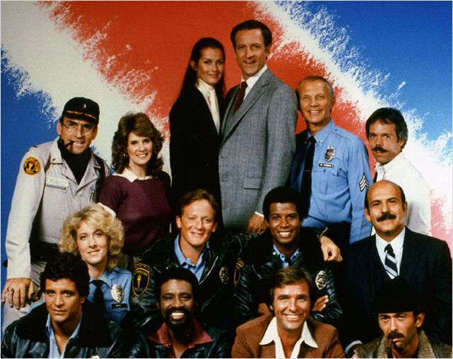 Capitaine Furillo / Hill Street Blues : Photo Barbara Bosson, Betty Thomas, Bruce Weitz, Charles Haid, Daniel J. Travanti