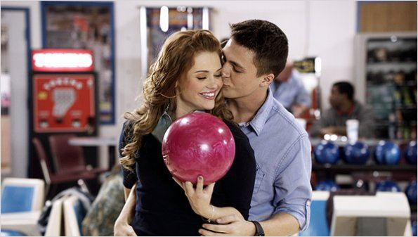 Teen Wolf : photo Colton Haynes, Holland Roden
