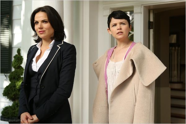 Once Upon A Time : photo Ginnifer Goodwin, Lana Parrilla