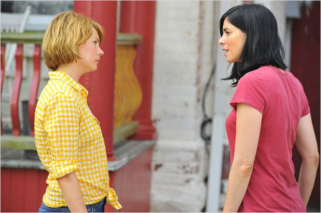 Take This Waltz : photo Michelle Williams, Sarah Silverman