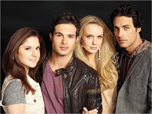 Hollywood Heights : photo Brittany Underwood, Cody Longo, Justin Wilczynski, Melissa Ordway