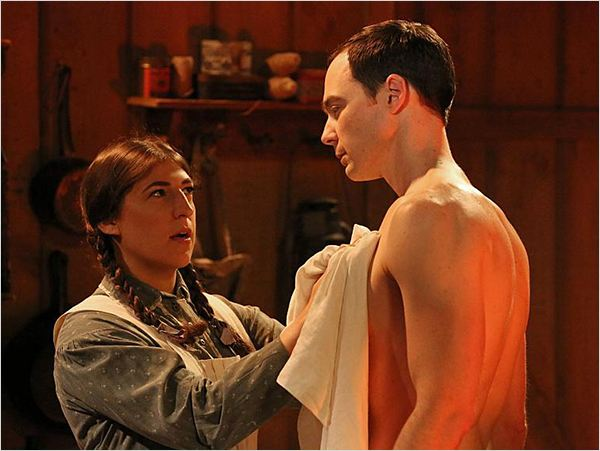 the big bang theory photo de jim parsons et mayim bialik 449 sur 1 095 allocine. Black Bedroom Furniture Sets. Home Design Ideas