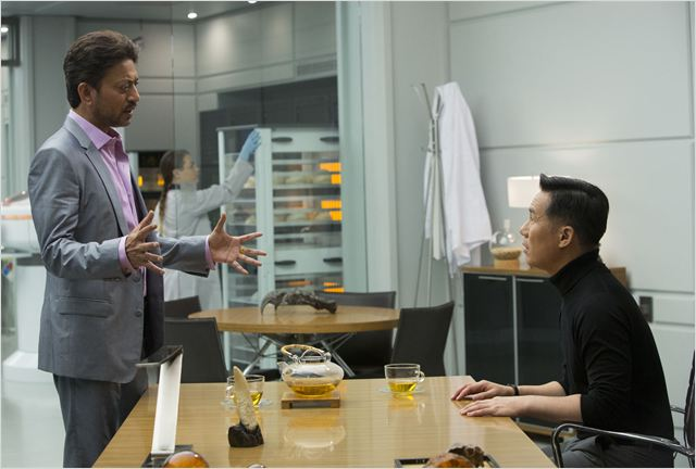 Jurassic World : Photo B.D. Wong, Irrfan Khan