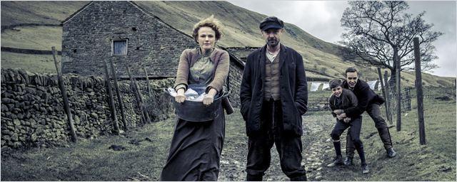 """La série """"The Village"""" renouvelée pour une seconde saison"""