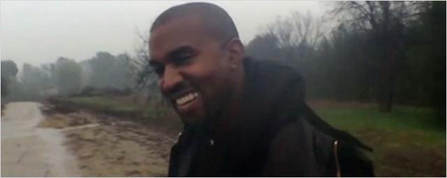 Clip : Spike Jonze filme Kanye West en papa poule
