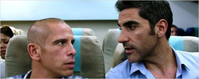 Bande-annonce Débarquement immédiat : Ary Abittan et Medi Sadoun dans un buddy movie déjanté !