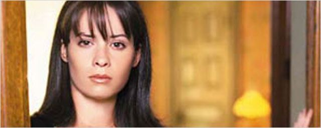 Holly Marie Combs ironise sur le retour de Charmed